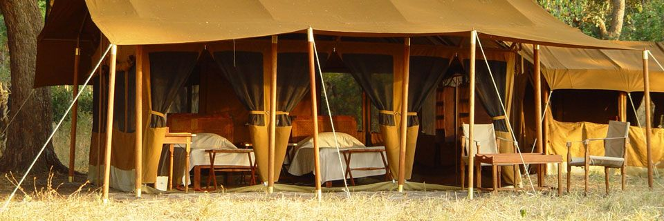 Luxury-safari-tent-at-Chada